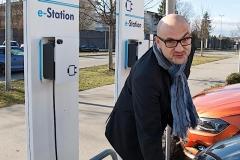 Automeile: Wie wirken sich der Diesel-Abgas-Skandal und der Trend zur E-Mobilität aus?