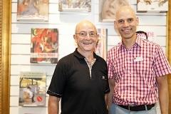 Christoph Greuter (rechts) führt Buch Greuter in dritter Genera